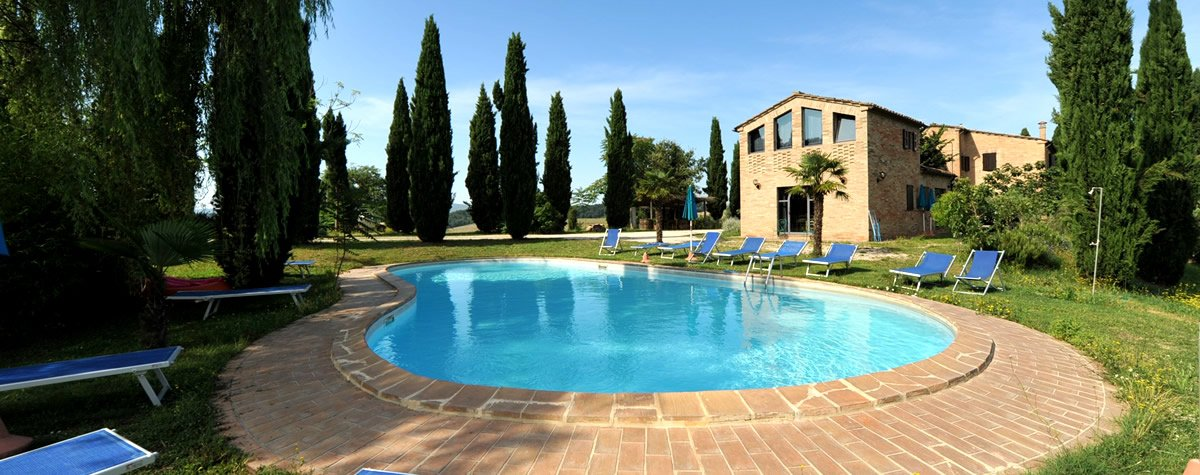 Agriturismo in Val d'Orcia con piscina